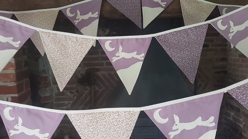 Leaping Hare Bunting - Mauve