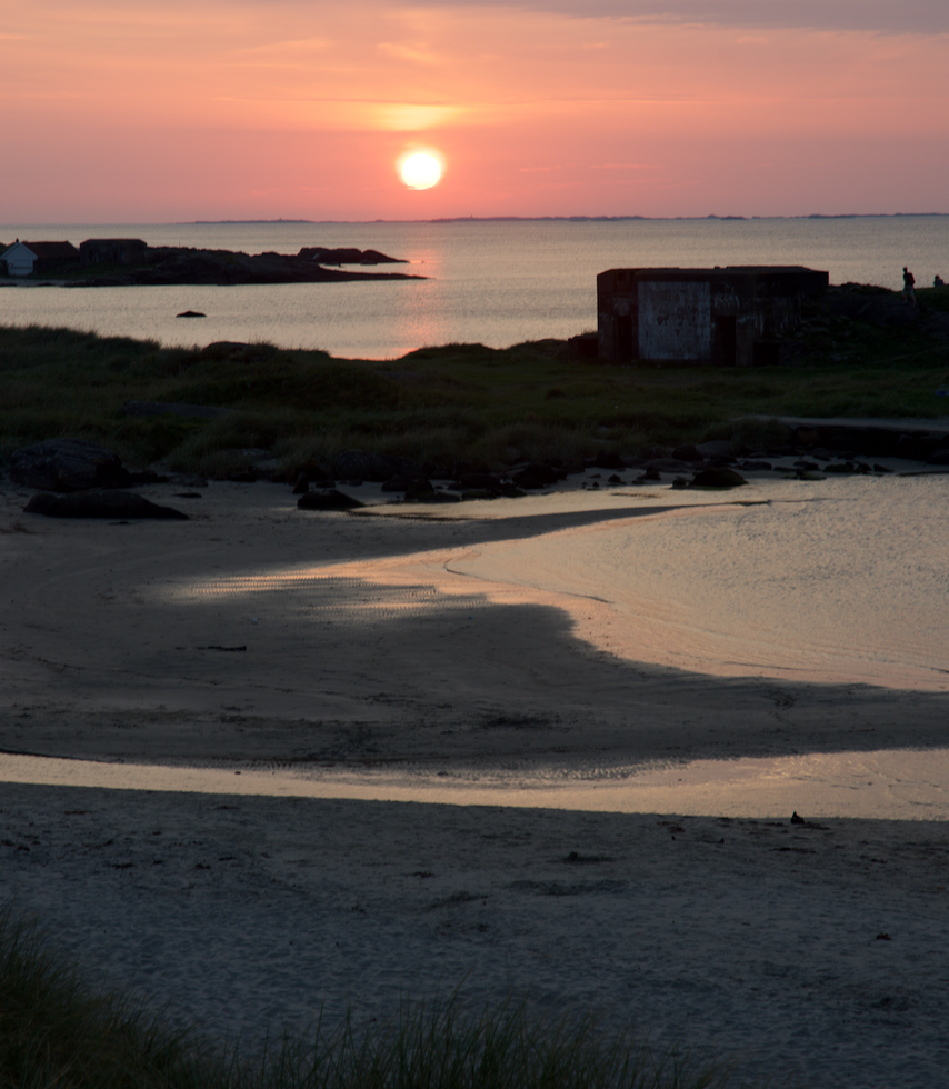 Sunset near the Solastrand hotel.