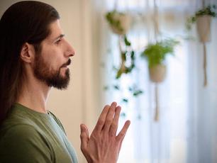 """""""Livskvaliteten har ökat sedan jag började yoga. Jag skulle aldrig kunna gå tillbaka""""."""