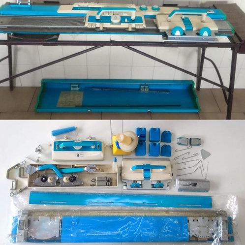 Maquina de Trico Lanofix - Toyota, com acessórios - Rosana Godoy