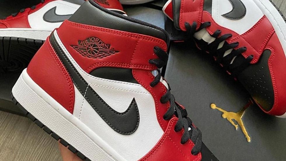 "Nike Air Jordan 1 Mid ""Chicago Black Toe"""