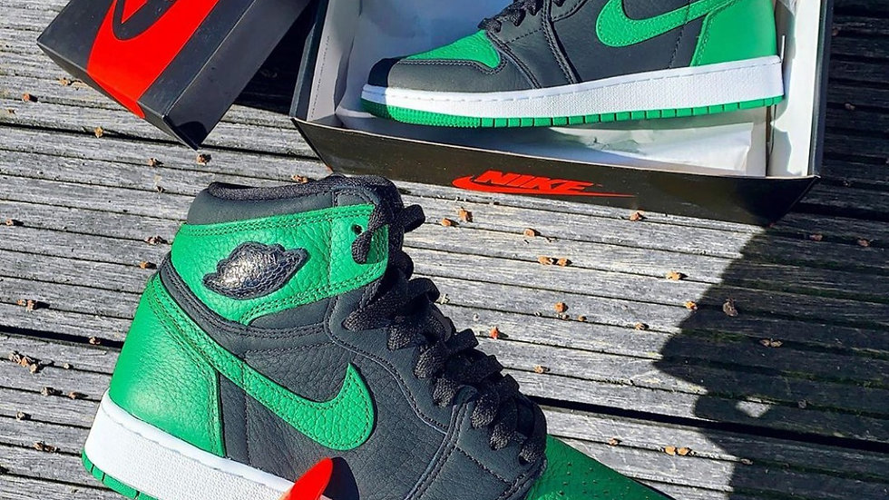 "Nike Air Jordan 1  High ""Pine Green"""