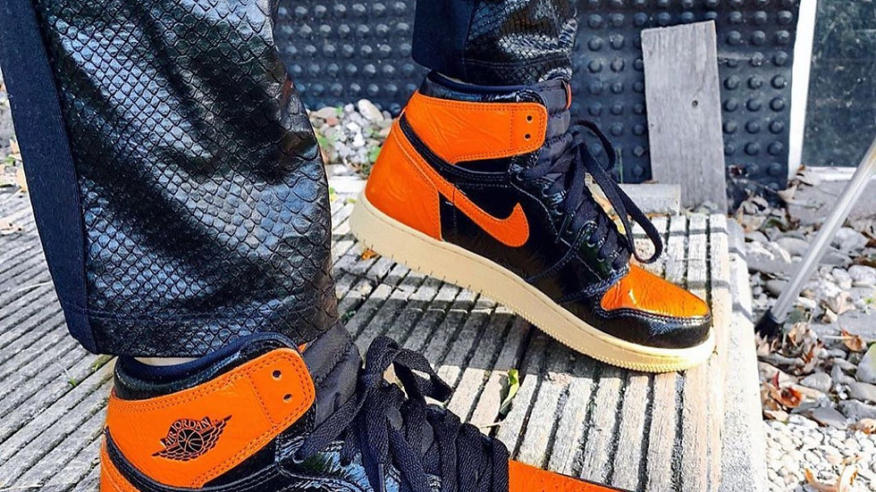 "Nike Air Jordan 1 Retro High ""Shattered Backboard"""