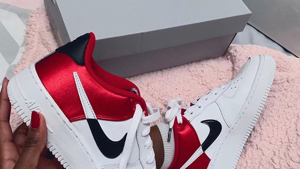 "Nike Air Force 1 ""Split"" red and white"