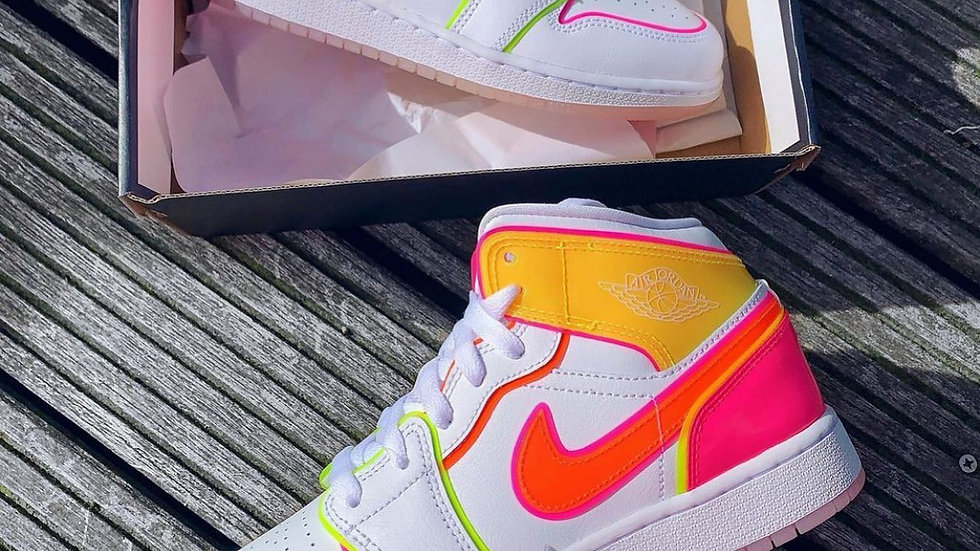 """Nike Air Jordan 1 """"Edge Glow"""""""