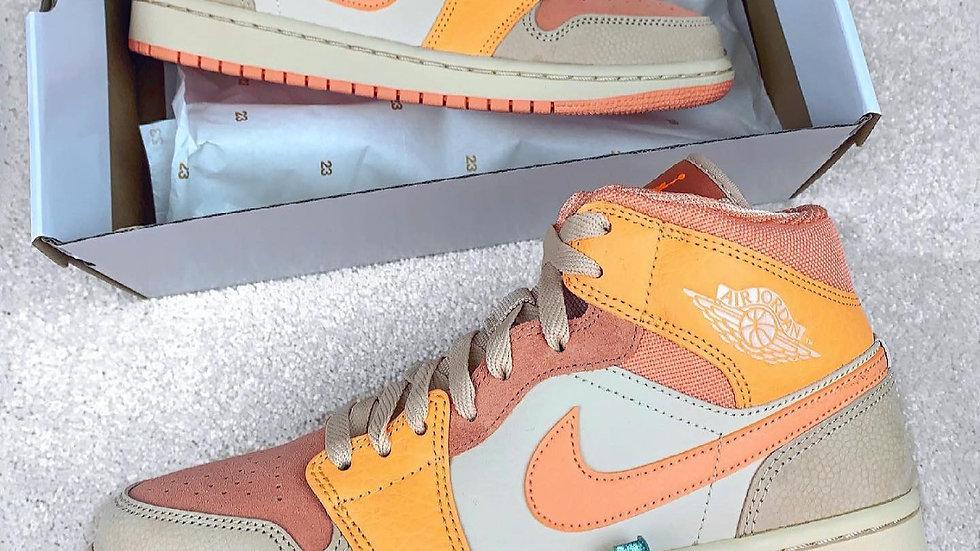 "Nike Air Jordan 1 Mid ""Apricot Orange"""