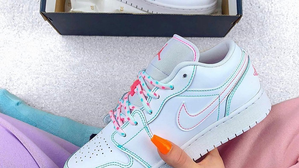 "Nike Air Jordan 1 Low ""Cotton Candy"""