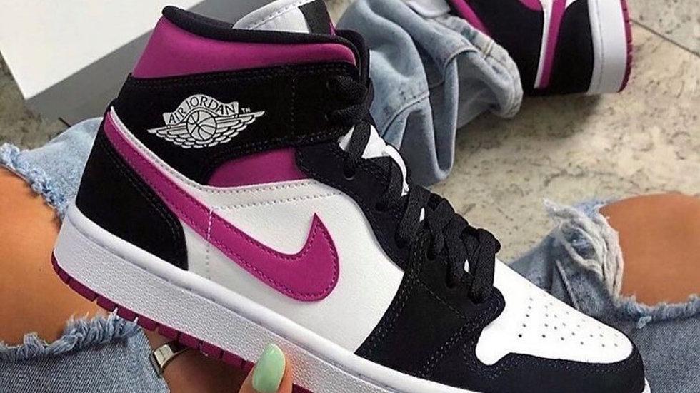"Nike Air Jordan 1 Mid ""Magneta"""