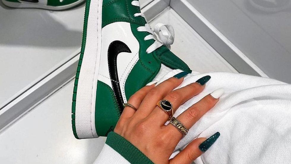 """Nike Air Jordan 1 Low """"Pine Green"""""""