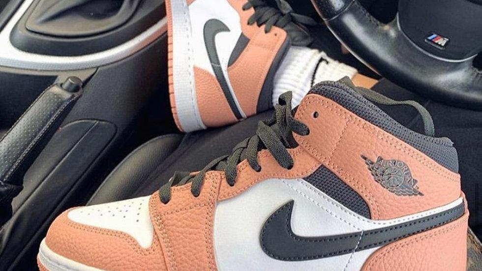 """Nike Air Jordan 1 """"Pink Quartz"""""""