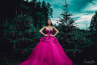 Dresses von Dressed by Vroni