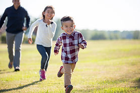 Image of children running, Summerville SC mediator, Charleston mediation, mediation law firm, Certified South Carolina family court mediator