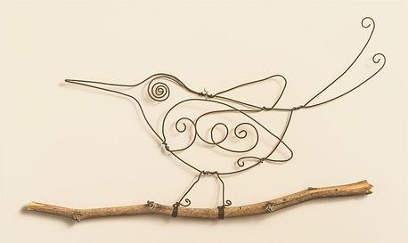 רישום בחוט ברזל, ציפור על ענף, יוצרת תמי שלומי אומנות עבודת יד. חנות סמרה, מוצרים מיוחדים מקיבוץ סמרצ