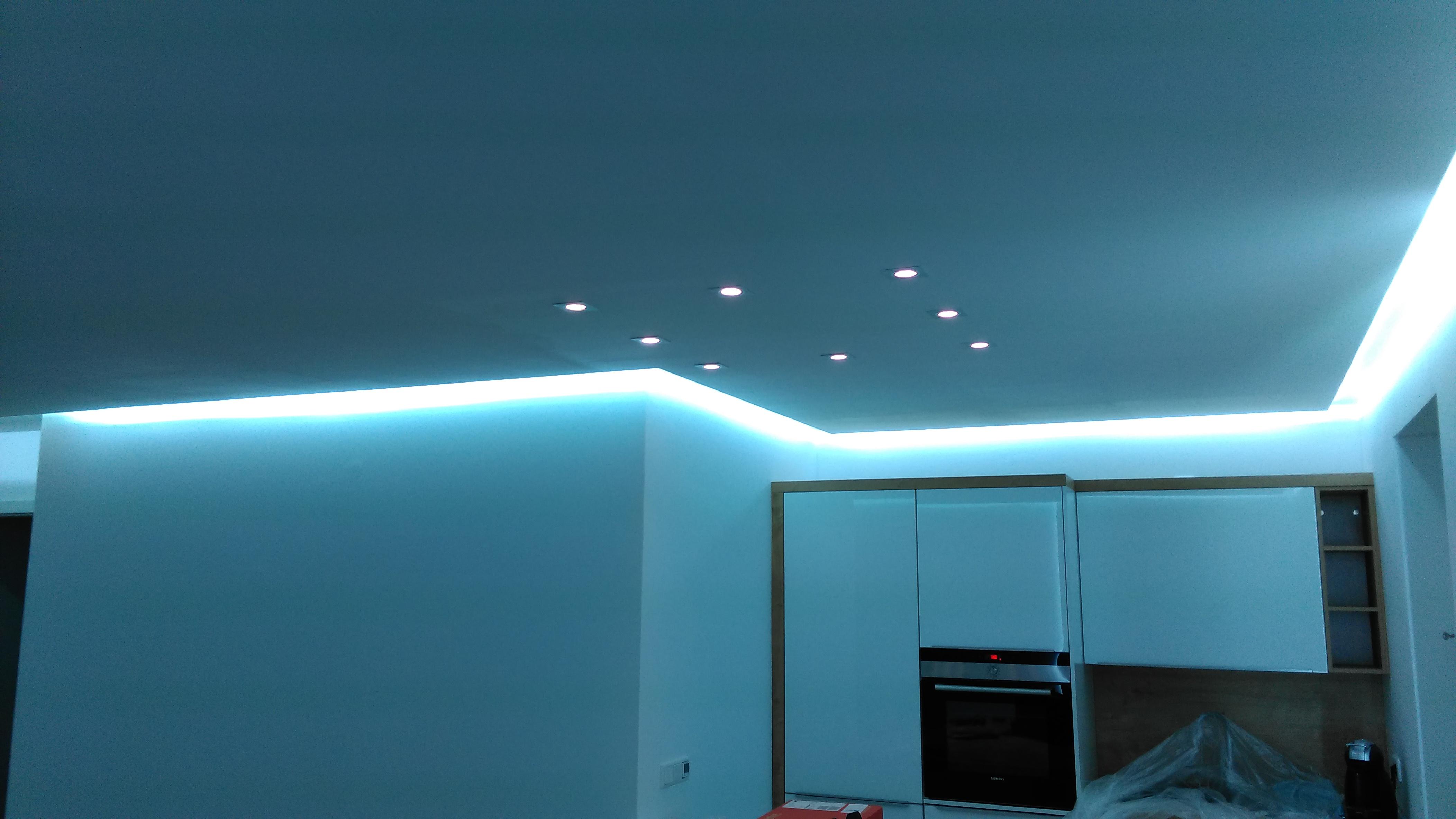 indirekte LED Beleuchtung Wohnzimmer
