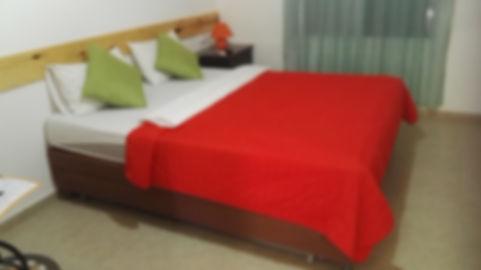 Room Elifaz