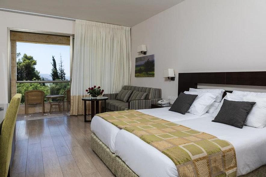 Room Kibbutz Lavi.jpg