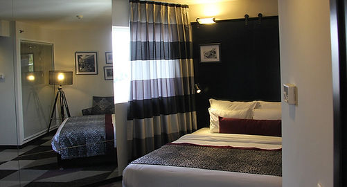 Room cinema-hotel-telaviv-16.jpg