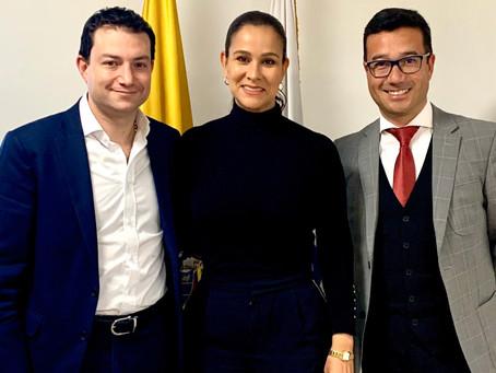 Senadora Maritza Martínez reportó ante el Contralor General de la República alza excesiva en tarifas