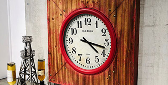 21013 Akron Wall Wood Clock(Distressed Red)