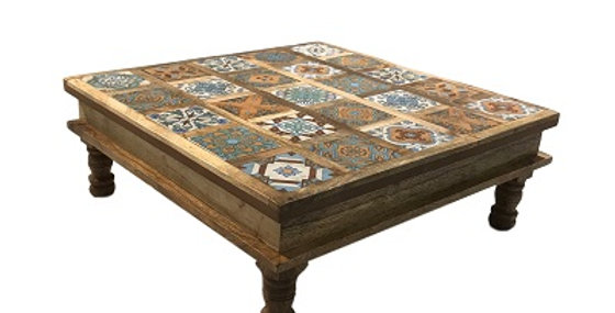 79053 Constantinople Large Tea Table
