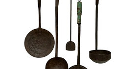78012 Set of 5 Vintage Kitchen Utensils