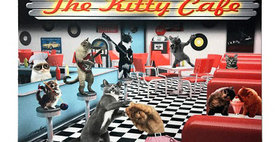 99699 Kitty Cafe Feeding Mat