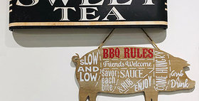 33029 Wood BBQ Rules Wall Plaque Pig