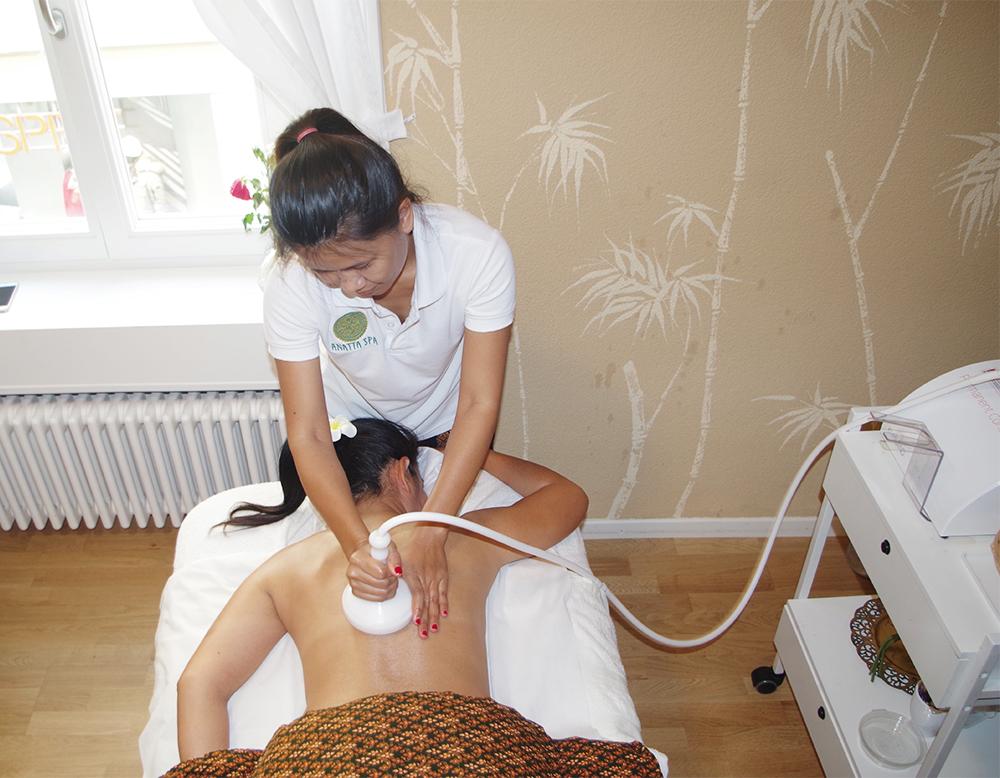 herbal steaming massage biel 12