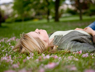 Fit für den Frühling: Aroma Öl Massage