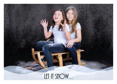 Kerstkaartje recto Margaux let it snow B
