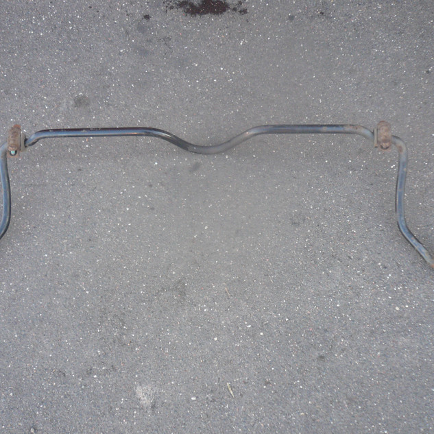 стабилизатор передней подвески