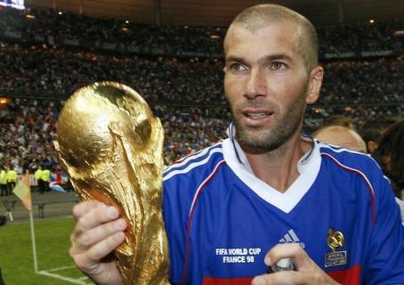 Who is Zinedine Zidane? - The French Legend.