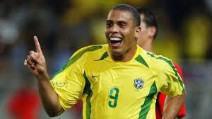 Who is Ronaldo Luís Nazário de Lima ?