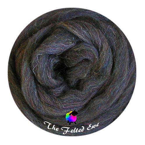 ES15 Mystic Galaxy Wool Sliver