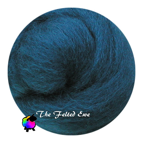 DR29 Vive' le Camelot Wool Roving
