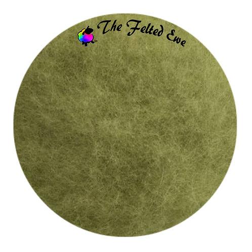 FB31 Asparagus Sprout Maori Wool Fluffy Batt