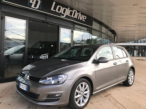 VOLKSWAGEN Golf 1.6 TDi 110cv/81Kw HIGHLINE