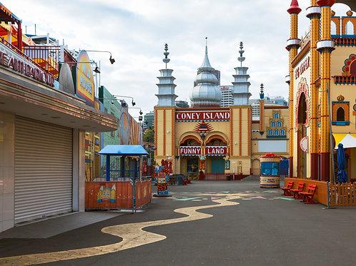 Luna Park III
