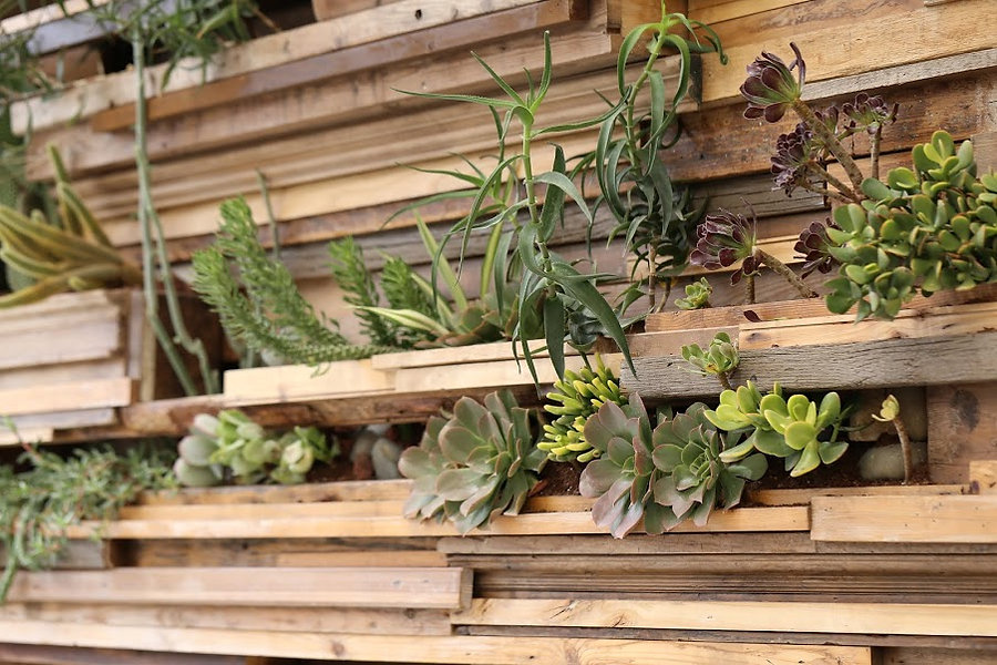 wooden green wall by Craft & Bloom