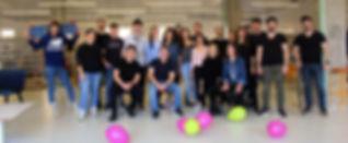 echipa Over4 - poza grup_edited.jpg
