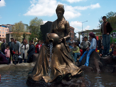 Valide suyu Havuz heykel