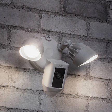 Ring-Floodlight-Cam-2.png