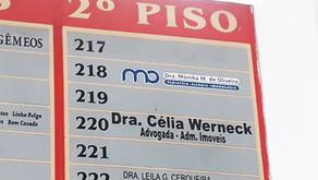 ADESIVO DE SINALIZAÇÃO DO CONSULTÓRIO DA DRA. MÔNIKA OLIVEIRA