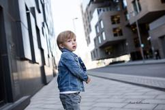 Fotograf_beate_willumsen_barnebilder i urbane omgivelser