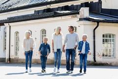 Familefotografering utendørs