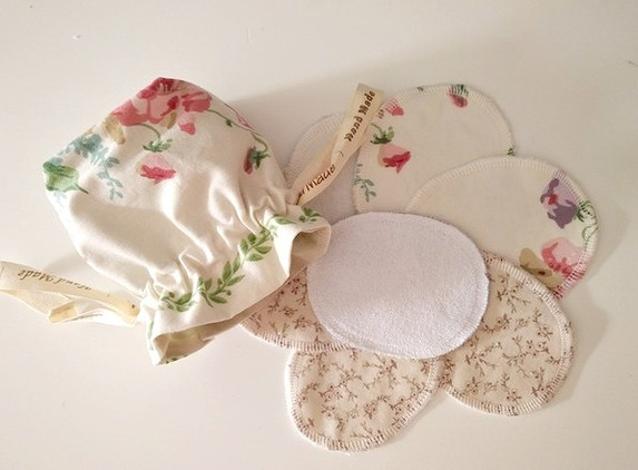 reusable-cosmetic-or-makeup-cotton-pads-with-bag-1