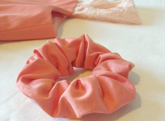 coral-cotton-silk-scrunchie