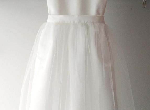 white-raw-silk-dress-for-flower-girl-communion-wedding-party-photo-shoot