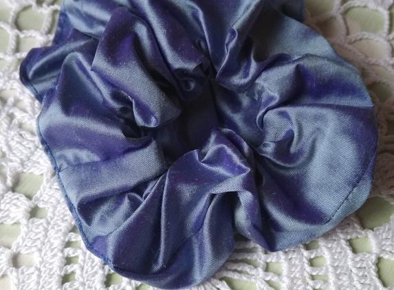 silk-hair-scrunchie