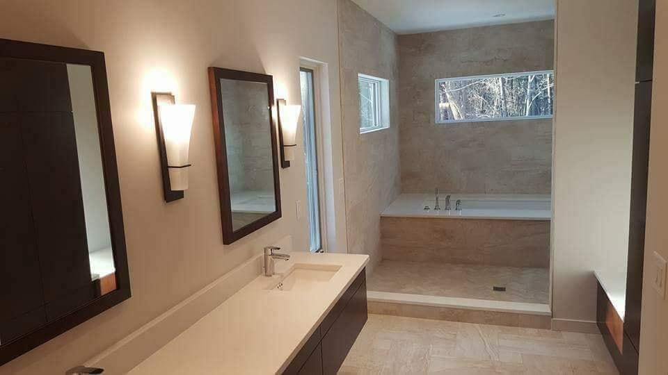 interior-bathroom2-painting